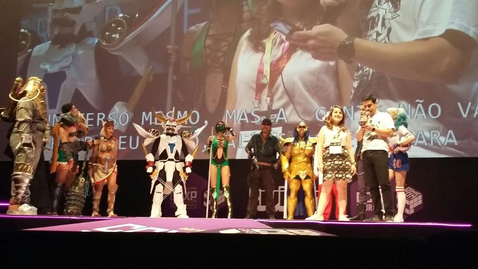 Candidatos disputaram o concurso de cosplayers na CCXP, em Olinda (Foto: Pedro Alves/G1)