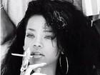 Rihanna dá gorjeta de US$200 a garçom, diz site