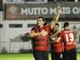 Vitória assina novo contrato com a Caixa por mais uma temporada