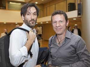 Jornalistas Javier Espinosa (à direita) e Ricardo Garcia Vilanova, em imagem de maio de 2012. (Foto: Joan Borras / Arquivo / AP Photo)