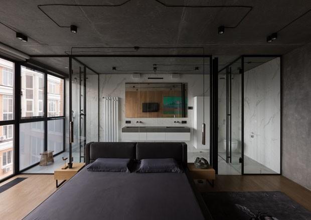 Um apartamento onde a vista para a cidade faz parte do décor (Foto: ANDRY AVDEENKO www.avdeenko.com.)