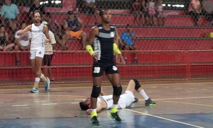 Richarlyson, em sua última partida pelo vôlei de Taquarituba (Foto: Giliardy Freitas / TV TEM)