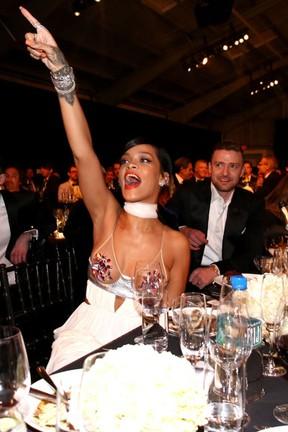 Rihanna e Justin Timberlake em evento em Los Angeles, nos Estados Unidos (Foto:  Christopher Polk/ Getty Images/ AFP)