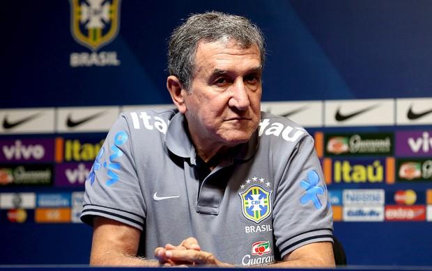 Carlos Alberto Parreira coletiva seleção brasileira (Foto: Wander Roberto / Vipcomm)