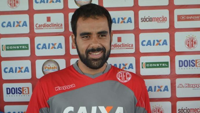 Daniel Costa, meia do América-RN (Foto: Jocaff Souza/GloboEsporte.com)