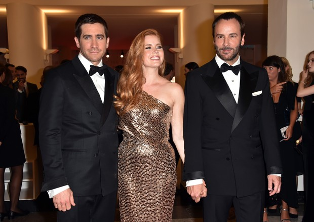 Jake Gyllenhaal, Amy Adams e Tom Ford (Foto: Getty Images)