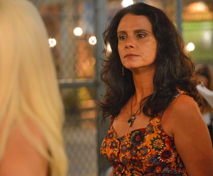 Rosângela enfrenta Maristela (Foto: Pedro Carrilho / Gshow)