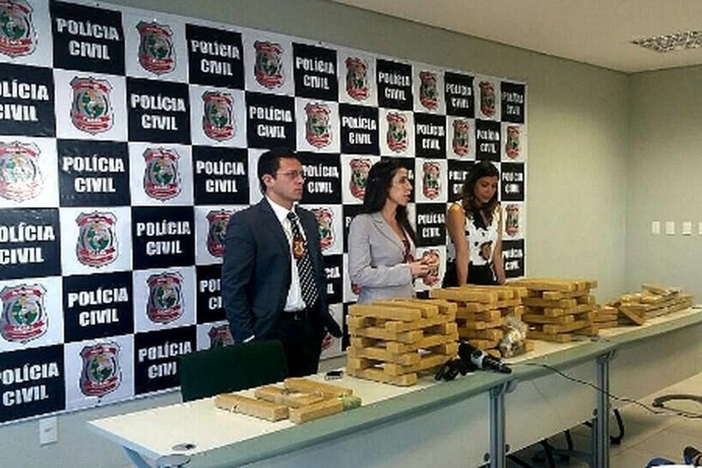 Polícia Civil apreende 68 quilos de drogas, além de armas e munições em ações realizadas em Fortaleza, Caucaia e Horizonte. (Foto:  Divulgação/SSPDS)