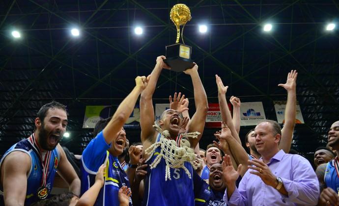 São José Basquete campeão paulista (Foto: Danilo Sardinha/GloboEsporte.com)