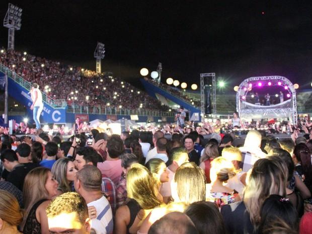 Público lotou Sambódromo de Manaus durante o Villa Mix (Foto: Diego Toledano/ G1 AM)