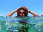 Sheron Menezzes posa debaixo d'água: 'Isso não é vida'