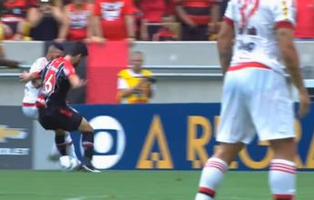 """Paulinho vence enquete de drible mais bonito com """"caneta"""" no adversário"""