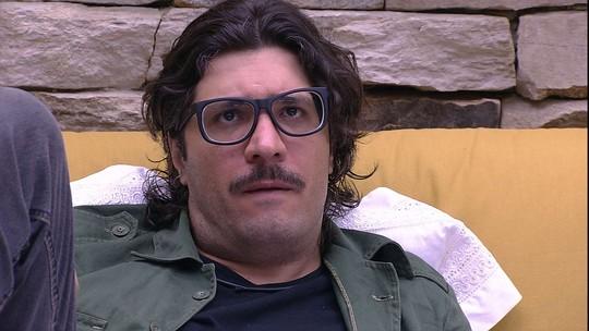 Ilmar compara Elis com Rômulo e declara sobre diplomata: 'É ardiloso'
