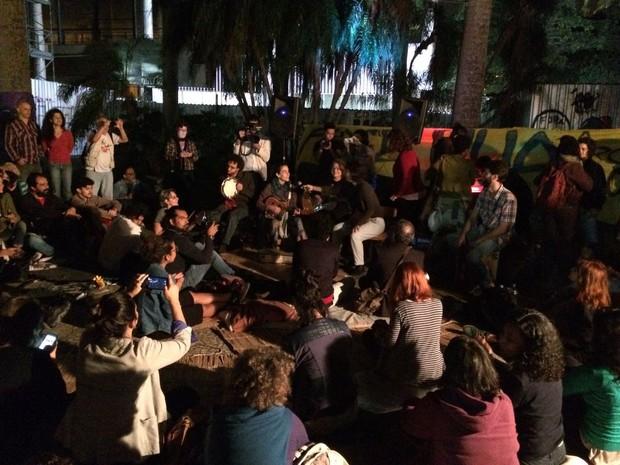 Grupo promoveu Virada Cultural em área do jardim do Capanema (Foto: Daniel Silveira/G1)