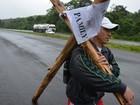 'Faltavam só mais 15 km', diz homem após desistir de carregar cruz no RS