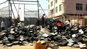 China é um dos principais destinos mundiais de lixo eletrônico (Foto: BBC)