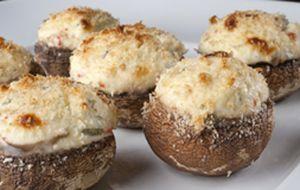 Cogumelos-de-Paris recheados com cream cheese