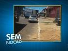 Sem noção: veículo estaciona ao lado de ponto de ônibus em Palmas
