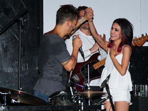 Junior Lima e Manu Gavassi em show em São Paulo (Foto: Manuela Scarpa/ Foto Rio News)