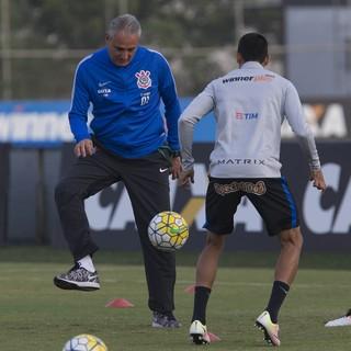 Tite treino Corinthians (Foto: Daniel Augusto Jr./Agência Corinthians)