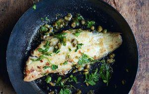 Filé de peixe ao vinagrete de amêndoas e gengibre com quinoa de outono