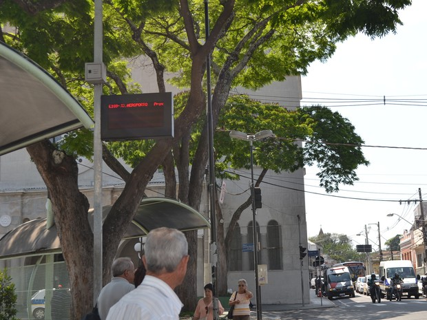 Letreiros de ônibus em Mogi das Cruzes (Foto: Maiara Barbosa/ G1)