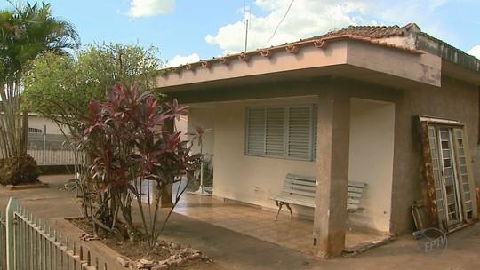 Amigos lamentam morte de idosa depois de roubo; laudo dirá se ela 'morreu de susto' após crime