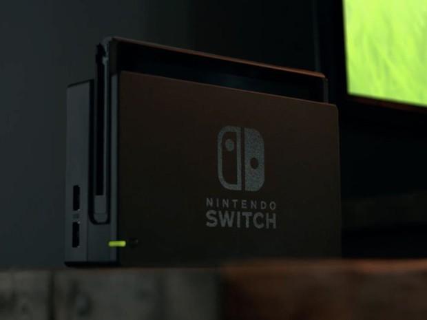 Base do Nintendo Switch faz videogame operar conectado à TV (Foto: Reprodução/YouTube/Nintendo)