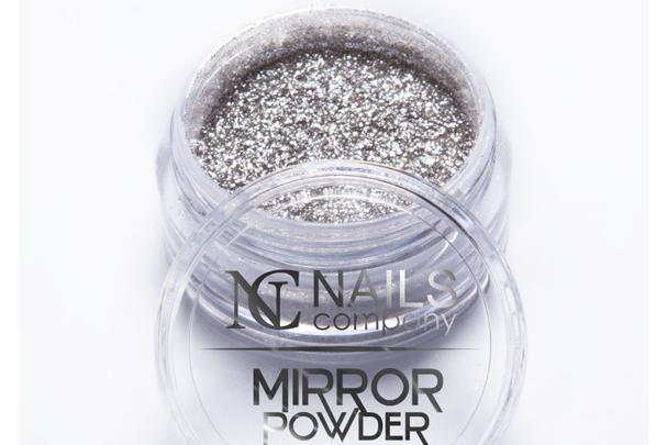 Mirror Powder no www.nailscompany.eu,  € 5,98  (Foto: Reprodução)