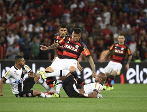 Guerrero dividida Flamengo Vasco
