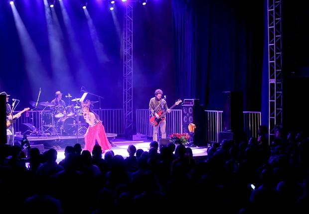Rita Benneditto. Em Teresópolis, cantora maranhense empolga com baladas em ritmo africano que fazem parte do seu disco Tecnomacumba / Foto: Jackeline Nigri (Foto: Jackeline Nigri)
