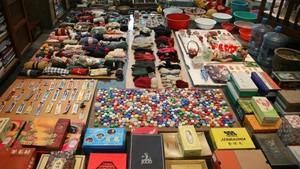 Artista vai exibir 10 mil objetos 'não desperdiçados' pela mãe por 50 anos (Reprodução)