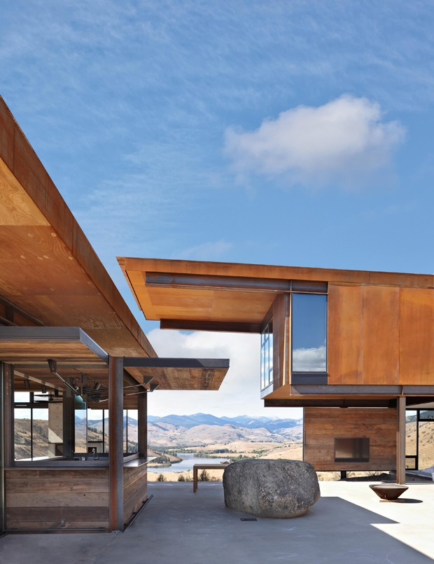 Studhorse Outlook. Methow Valley, Winthrop, Washington.Client: Olson Kundig Architects.© Copyright 2012 Benjamin Benschneider All Rights Reserved. Usage may be arranged by contacting Benjamin Benschneider Photography. Email: bbenschneider@comcast.net or (Foto: OK/Divulgação)