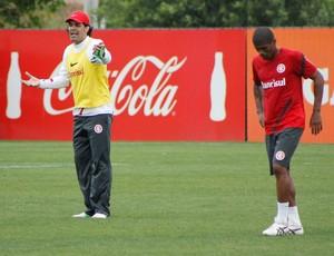 Fernandão e Ygor (Foto: Diego Guichard / GLOBOESPORTE.COM)