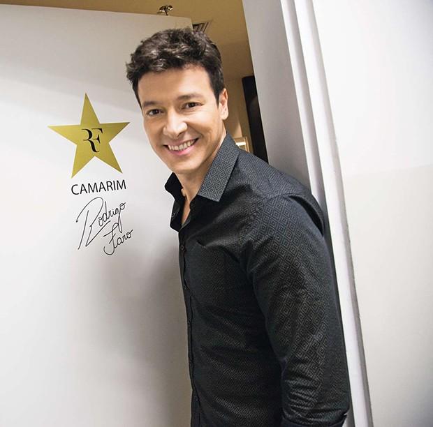 A estrela personalizada na porta do seu camarim.  (Foto: A estrela personalizada na porta do seu camarim. )