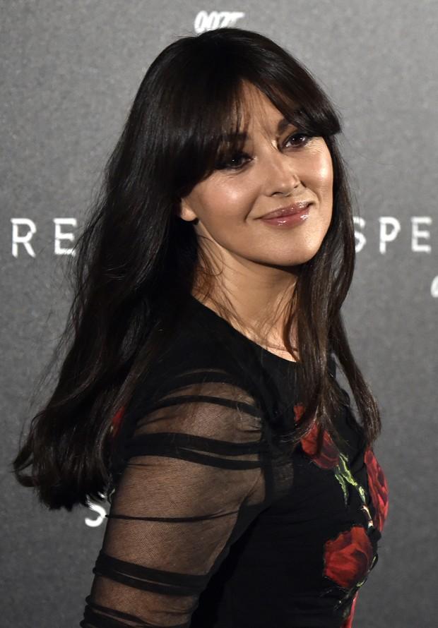 Monica Bellucci em première em Madri, na Espanha (Foto: AFP)