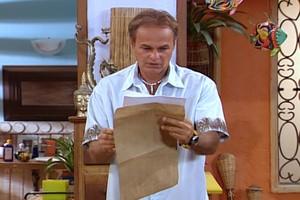 César recebe o resultado do laudo (Foto: reprodução/TV Globo)