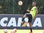 Diego Aguirre descarta Robinho contra o Melgar e confirma Cazares e Erazo