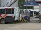Motoristas de ônibus e coletores fazem greve em Bragança Paulista