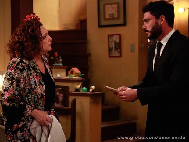 Maciel devolve dinheiro (Foto: Ellen Soares/ TV Globo)