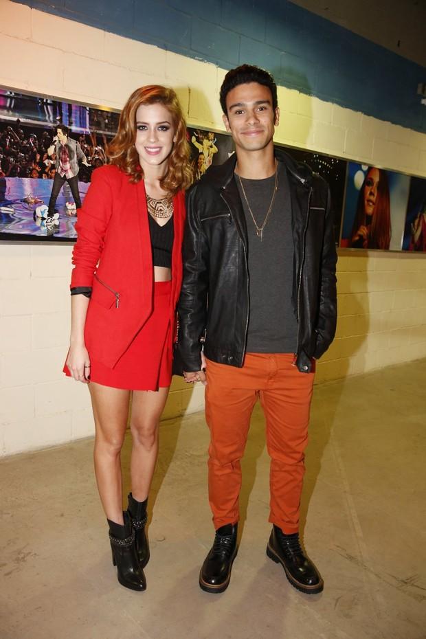 Sophia Abrahão e Sérgio Malheiros em show no Rio (Foto: Alex Palarea e Felipe Panfili/AgNews)