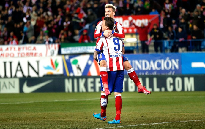 comemoração do Atlético de Madrid contra o Alméria (Foto: Agência AP)
