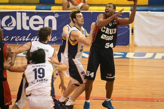 Alírio foi o cestinha da partida, com 20 pontos (Foto: Samuel Vélez/FIBA Américas)