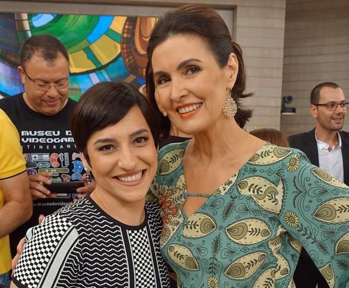 Fátima posa com a atriz Simone Gutierrez  (Foto: Carolina Morgado/Gshow)