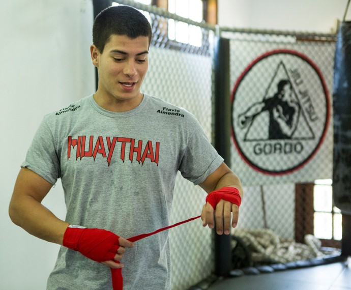 Arthur em treino de Muay Thai  (Foto: Felipe Monteiro/Gshow)