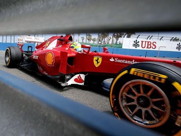 O brasileiro Felipe Massa está confiante para a corrida (Foto: Reuters / Reprodução: Globoesporte.com)