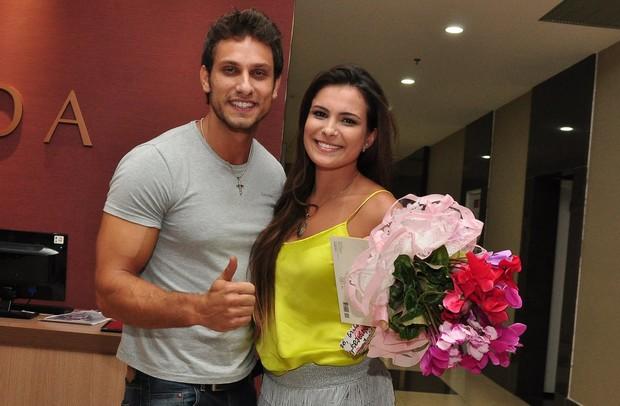 Eliéser e Kamilla em hotel no Rio (Foto: Roberto Teixeira/ EGO)