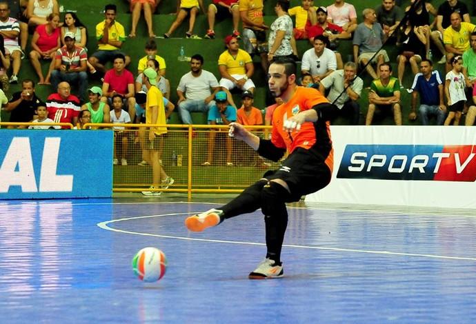 Gian Brasil Guatemala futsal (Foto: Ricardo Artifon/CBFS)