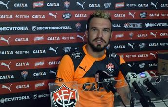 """Willian Farias assume surpresa com Caíque: """"Pode ser um grande goleiro"""""""