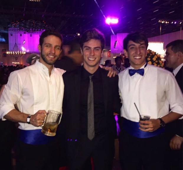 Antonio Oliva (centro) (Foto: Reprodução/ Instagram)